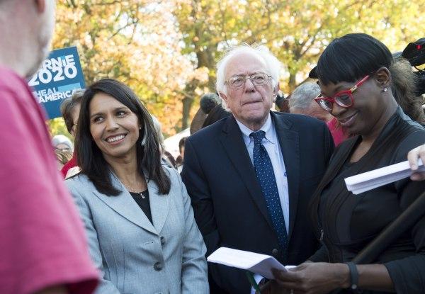 Image: US-POLITICS-TPP-SANDERS