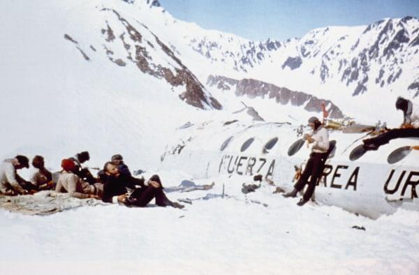 Image: Plane crash survivors in 1972