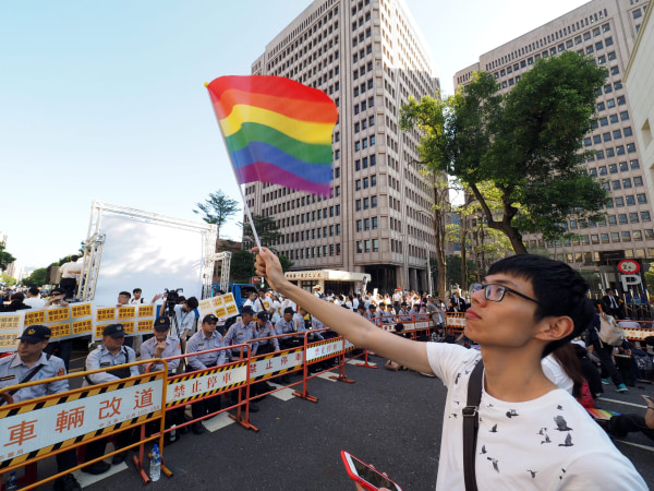Image: Same-sex marriage protests in Taiwan