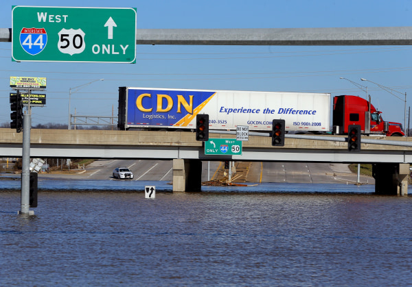 Image: Floodwaters in St. Louis