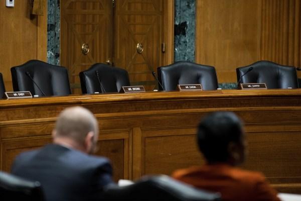 Image: Empty Democrat seats at Senate hearing