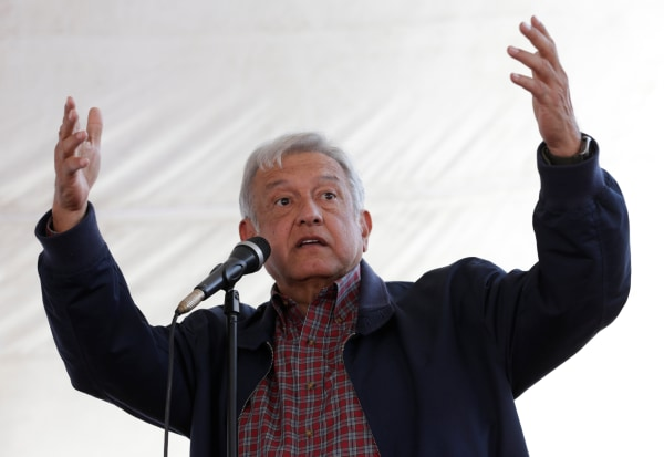 Image: MORENA party leader Obrador gives a speech to supporters in Tlapanoloya