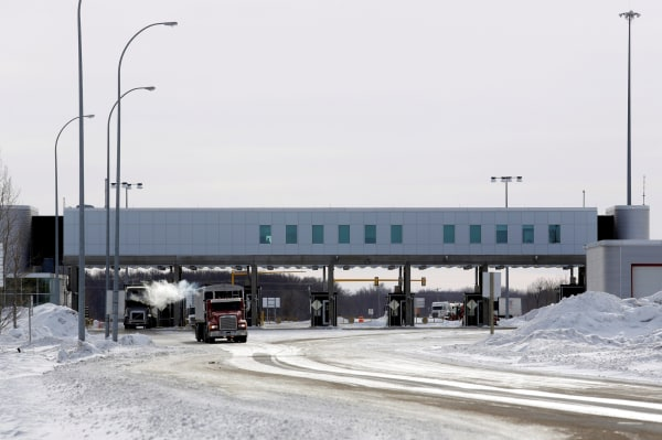 Image: The Canadian side of the Canada-U.S border crossing