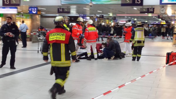 Image: Injured person in Duesseldorf train station