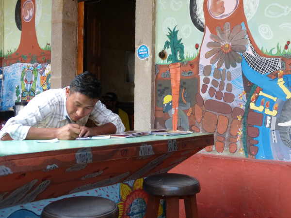 Cafe Red Kat in Quetzaltenango, Guatemala is helping returning migrants with its menu of locally grown, organic food.