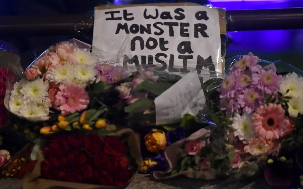 Image: Floral tributes following London Parliament attack