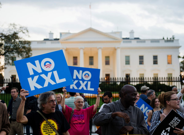 Image: FILES-US-CANADA-POLITICS-OIL-ENVIRONMENT-PIPELINE