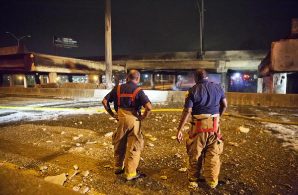 Image: Atlanta bridge collapse