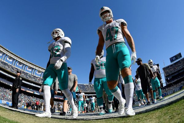 Image: Kenyan Drake and Kiko Alonso of the Miami Dolphins
