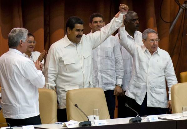 Nicolas Maduro, Raul Castro