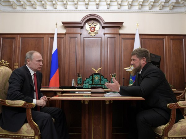 Image: Russian President Putin meets with Chechnya's head Kadyrov at Kremlin in Moscow