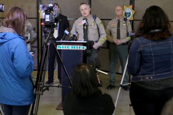 Image: Siskiyou County Sheriff Jon Lopey announces the arrest of fugitive Tad Cummins, a former high school teacher accused of kidnapping 15 year old student Elizabeth Thomas, in Yreka, California, April 20, 2017.