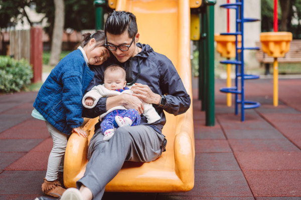 Image: Dad enjoying quality time with daughter & bady