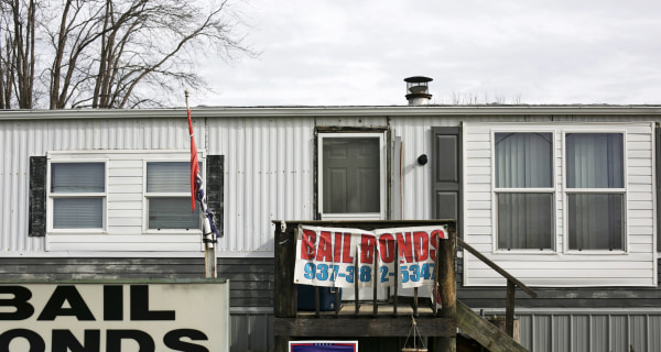 Image: A bail bonds service situated in a mobile home