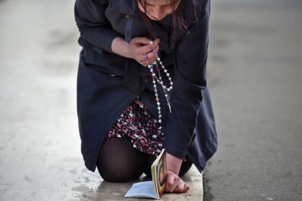 Image: A pilgrim in Fatima