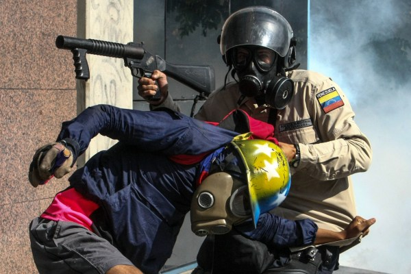 Image: Venezuela's opposition protests continue into its seventh week