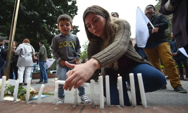 Image: COLOMBIA-BLAST-MALL-TRIBUTE