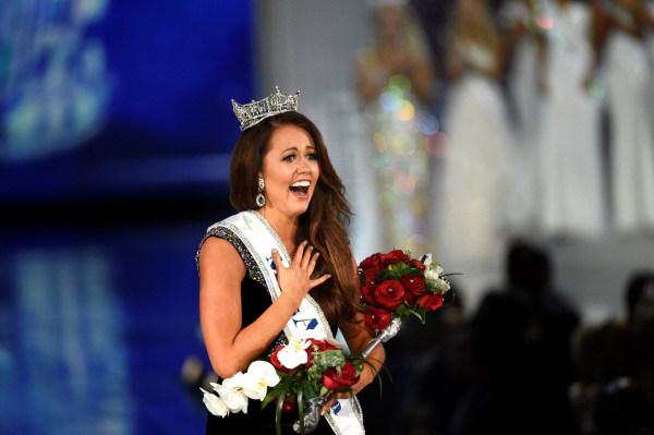 Image: Miss America Cara Mund