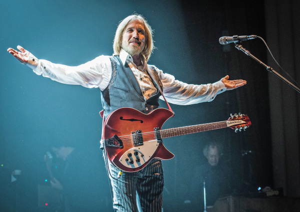 Image: 'Tom Petty and the Heartbreakers' Perform At Le  Grand Rex