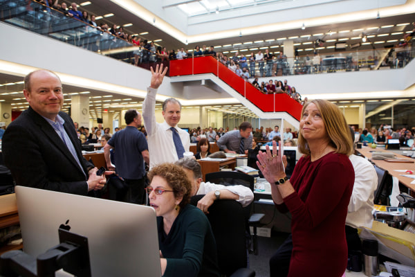 Image: In 2013, publisher Arthur O. Sulzberger Jr. holds up four fingers to indicate the four Pulitzer Prizes won by The New York Times in 2013.