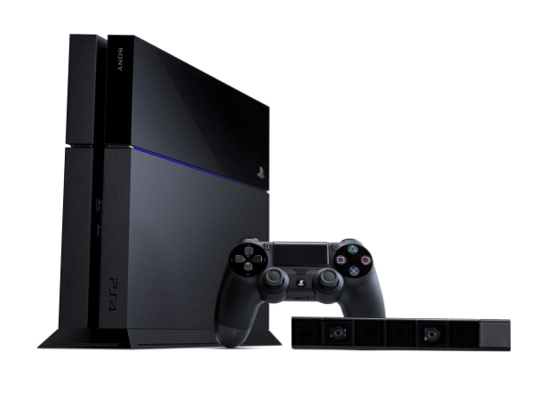 Sony and Microsoft clarified differences between the PlayStation 4 and Xbox One's premium online features this week.