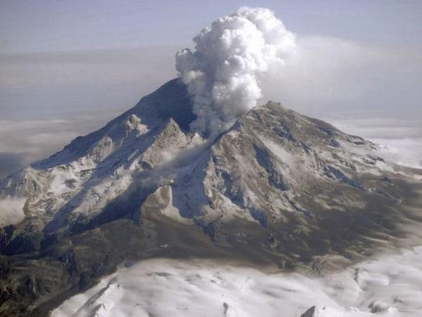 Image: Redoubt eruption in 2009