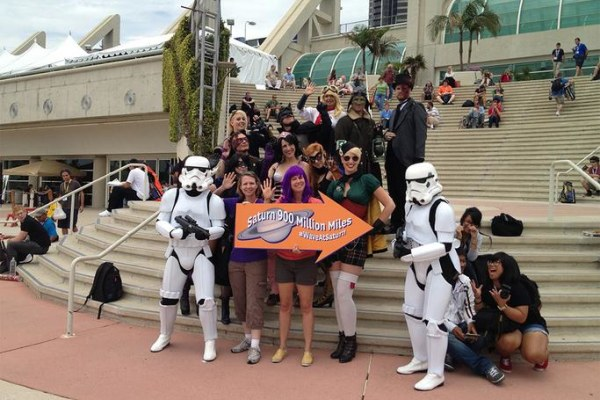 Image: Comic-Con wave