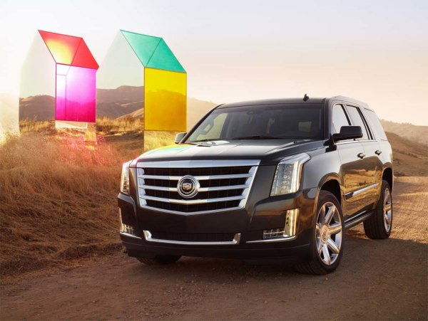 GM is remaking the Cadillac Escalade in hopes of winning back affluent buyers with more bling and high-tech features.