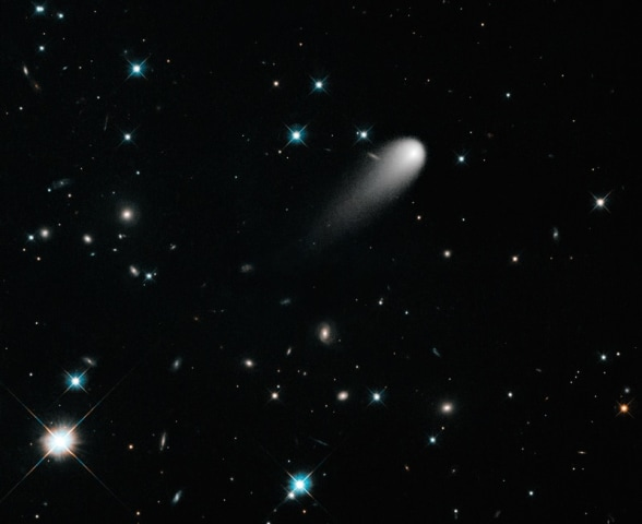 Image: Comet ISON in color