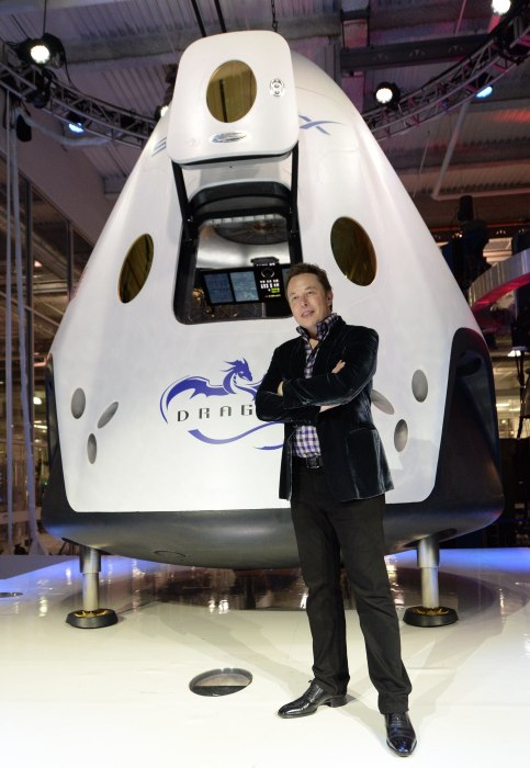 Image: Elon Musk and Dragon V2