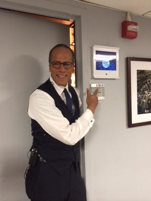 """Lester Holt joins  """"The Tonight Show"""""""
