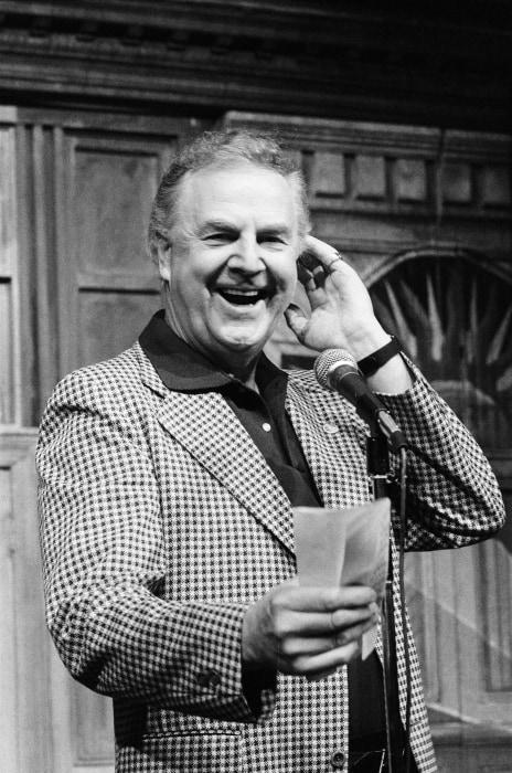 Image: SNL Announcer Don Pardo Dies At 96