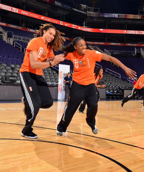 Image: WNBA Star Brittney Griner and Fiancee Glory Johnson
