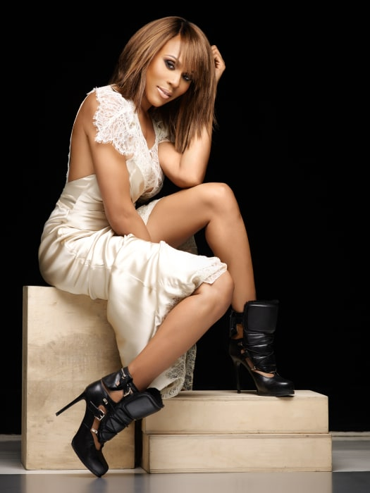 Deborah Cox To Play Josephine Baker Whitney In 2016 Nbc