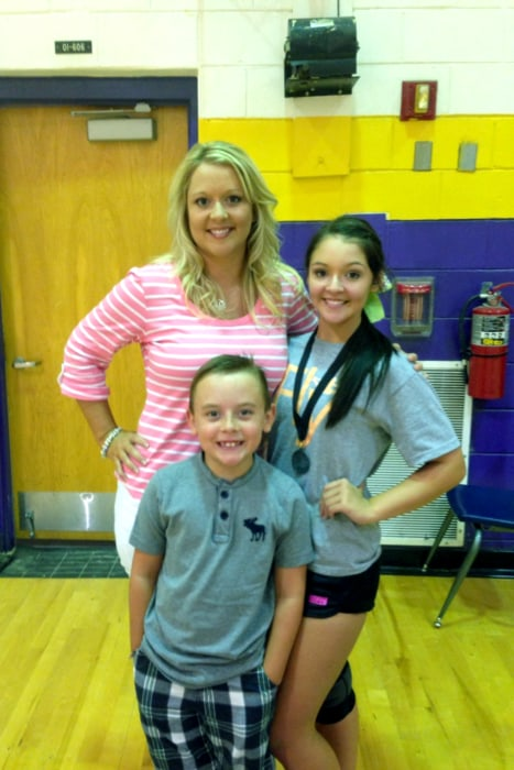Image: Amber Taylor with her children Lindsey and Trace