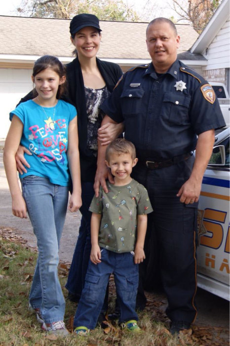 IMAGE: Harris County Sheriff's Deputy Darren H. Goforth and family