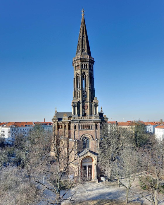 Image: Zions Church in Berlin
