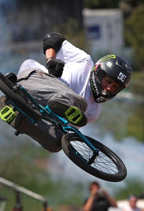 Image: BMX star Dave Mirra in 2009