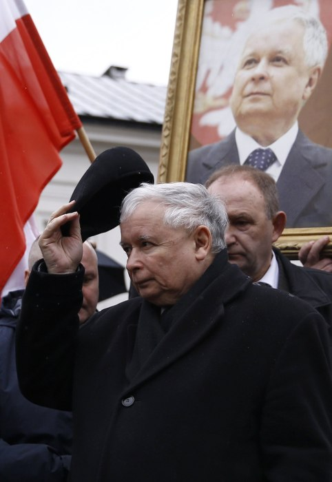 Image: Kaczynski, leader of ruling party Law and Justice Party (PiS), attends a remembrance ceremony for the 2010 plane crash that killed Jaroslaw's twin brother President  Kaczynski and 95 others in Smolensk, in front of the Presidential Palace in Warsaw