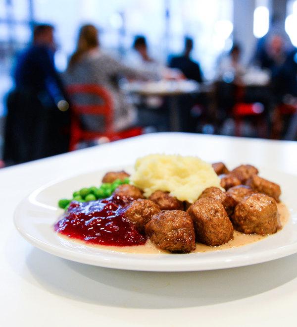 160408-sweeden-jsw-01-meatballs_893b5363