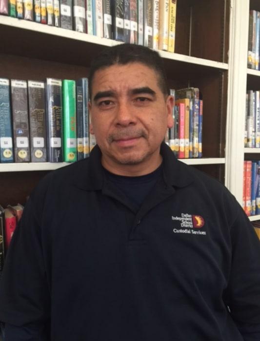 Photo of Enrique Mendez.