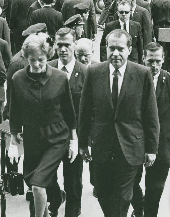 Image: President Richard Nixon and First Lady Patricia Nixon