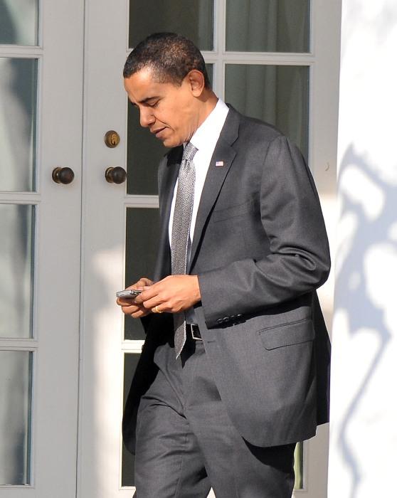 Image: Obama Returns To White House