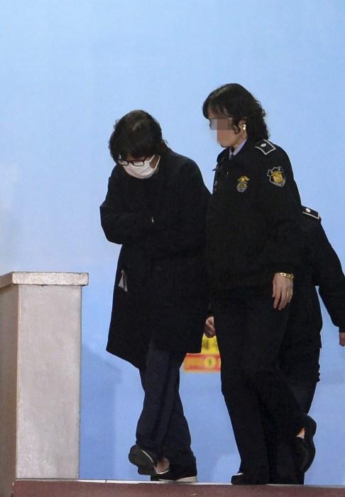 Image: South Korean President Park Geun-hye's confidante in political scandal