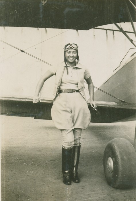 Hazel Lee shortly after receiving her pilot's license in 1932.