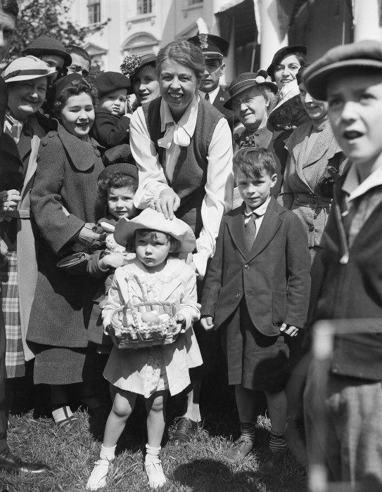 Image: Eleanor Roosevelt greets 3-year-old Jean Doering of Washington at the start of the annual Easter egg roll