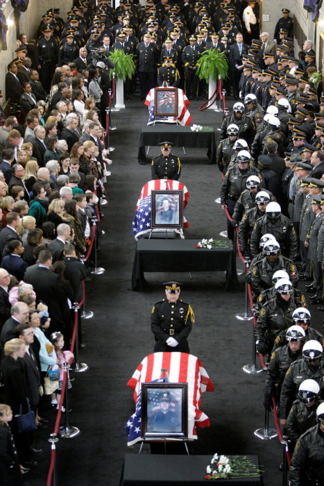 Image: Funeral Pittsburgh Police