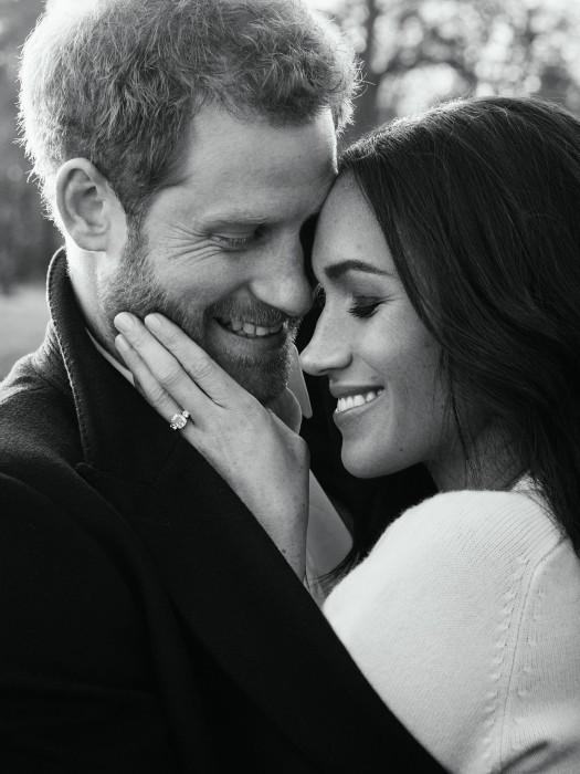 Image: Prince Harry posing with his fiancée Meghan Markle