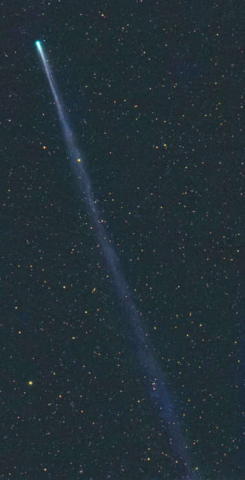 Image: ISON and tail