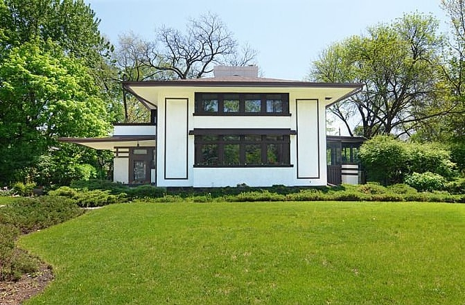 The Stephen M B Hunt House, in particular, is a spectacular example of classic Wright design. It's currently on the market for just under $700,000.